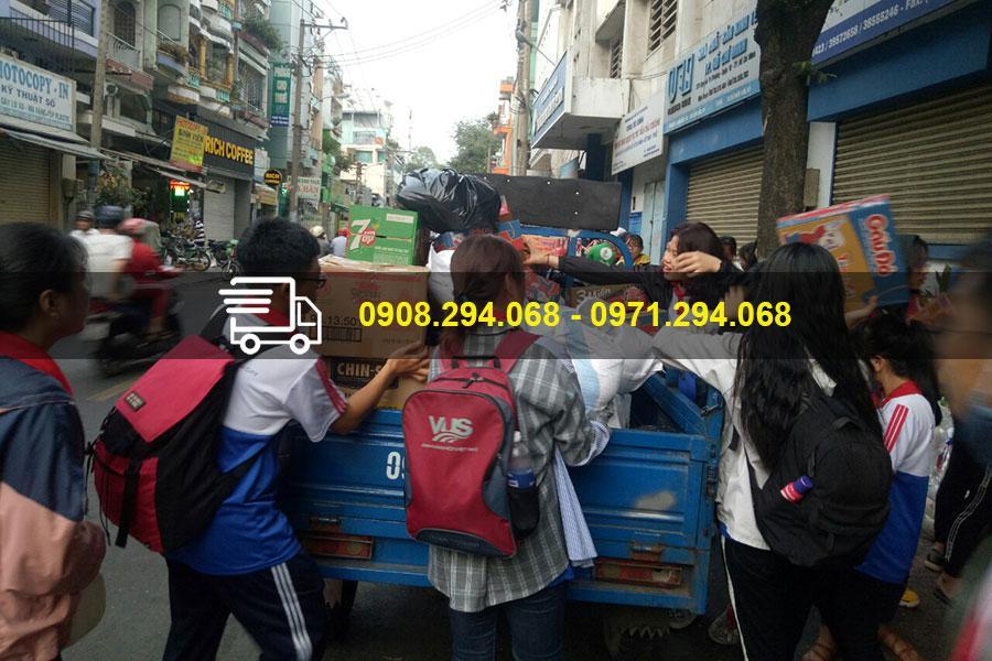 Sử dụng dịch vụ xe ba gác đem lại sự thuận lợi trong vận chuyển hàng hóa